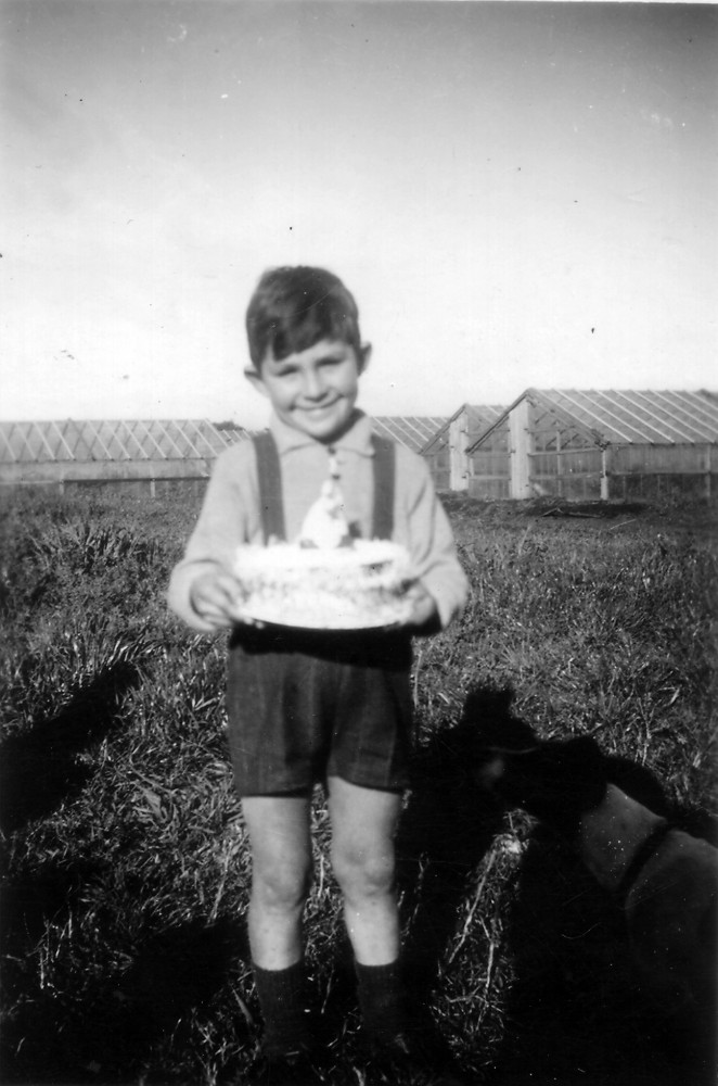 Johnny Marchioro, fifth birthday, 1945